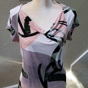 DKNY Women's Medium gorgeous  blouse